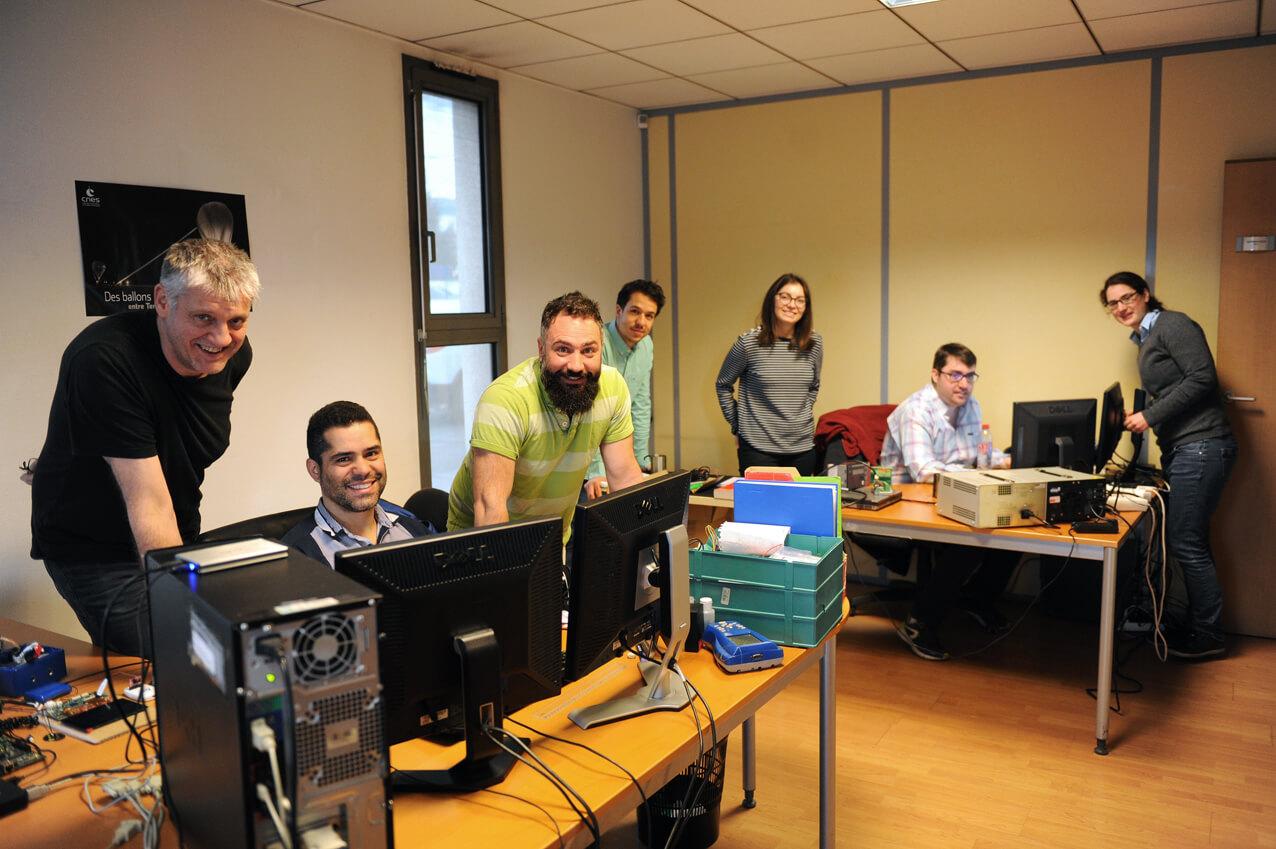 CIOse equipe electronique bureau