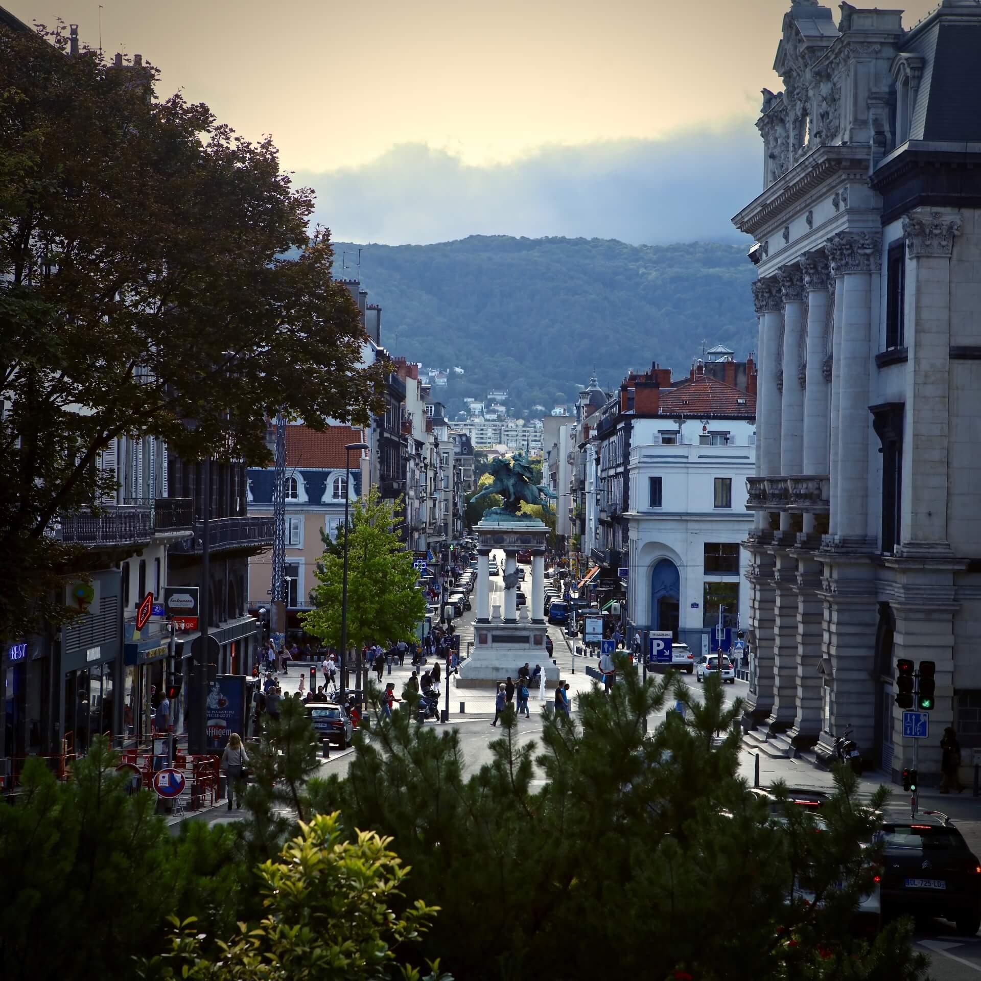 Clermont Ferrand centre ville Opéra