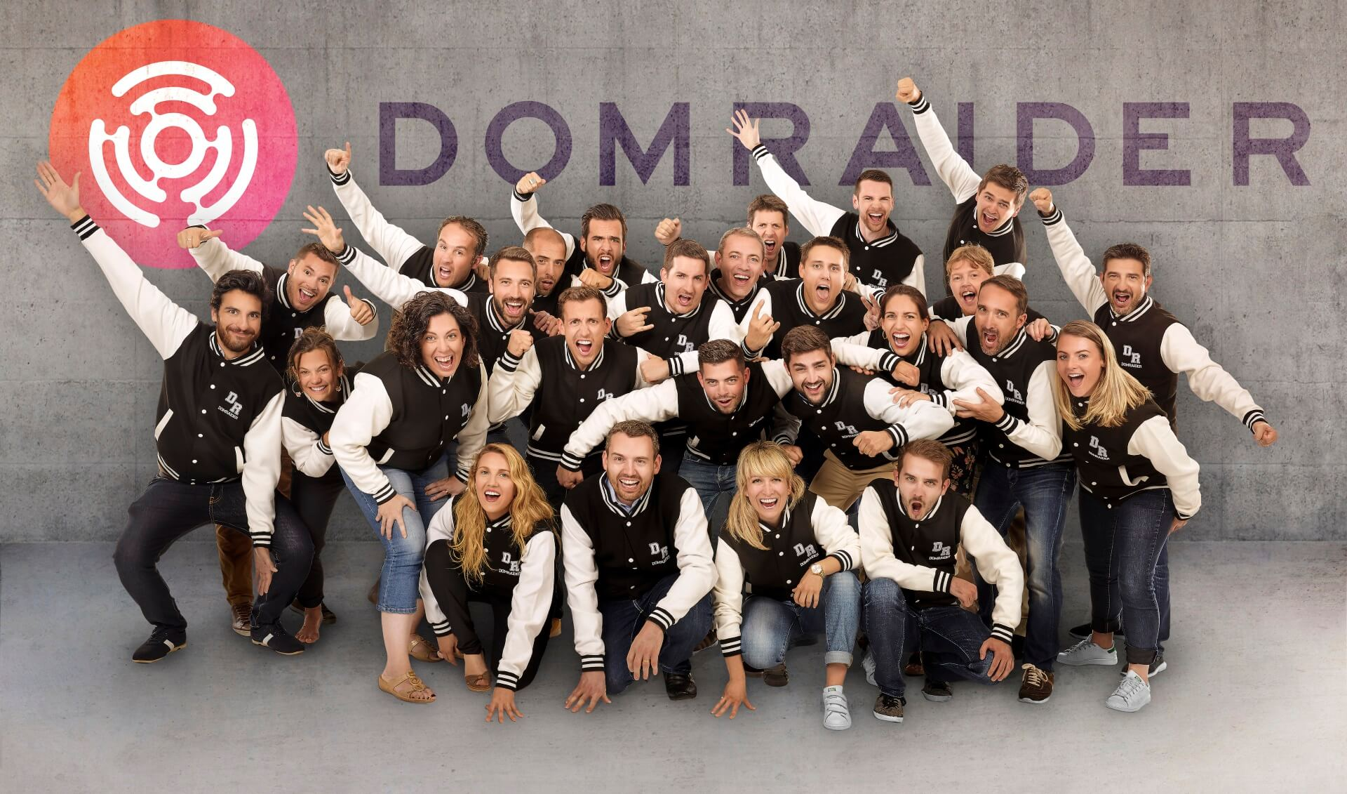domraider equipe fond gris logo