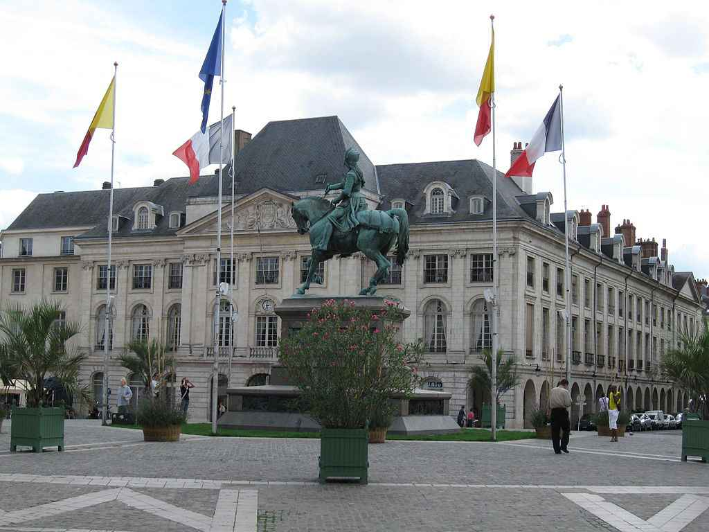 ORLEANS_place_mairie