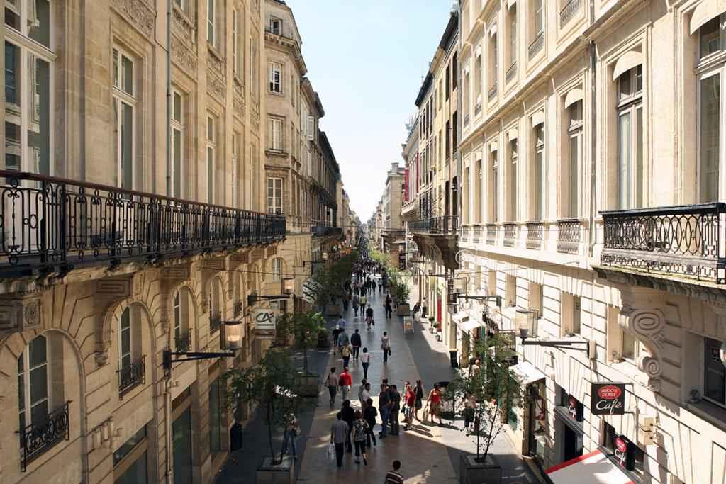 Bordeaux_rue_commercante_tsanson